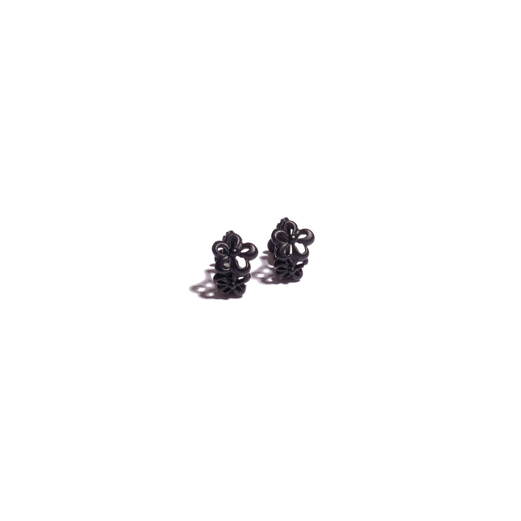 vintage black floral screw on earrings