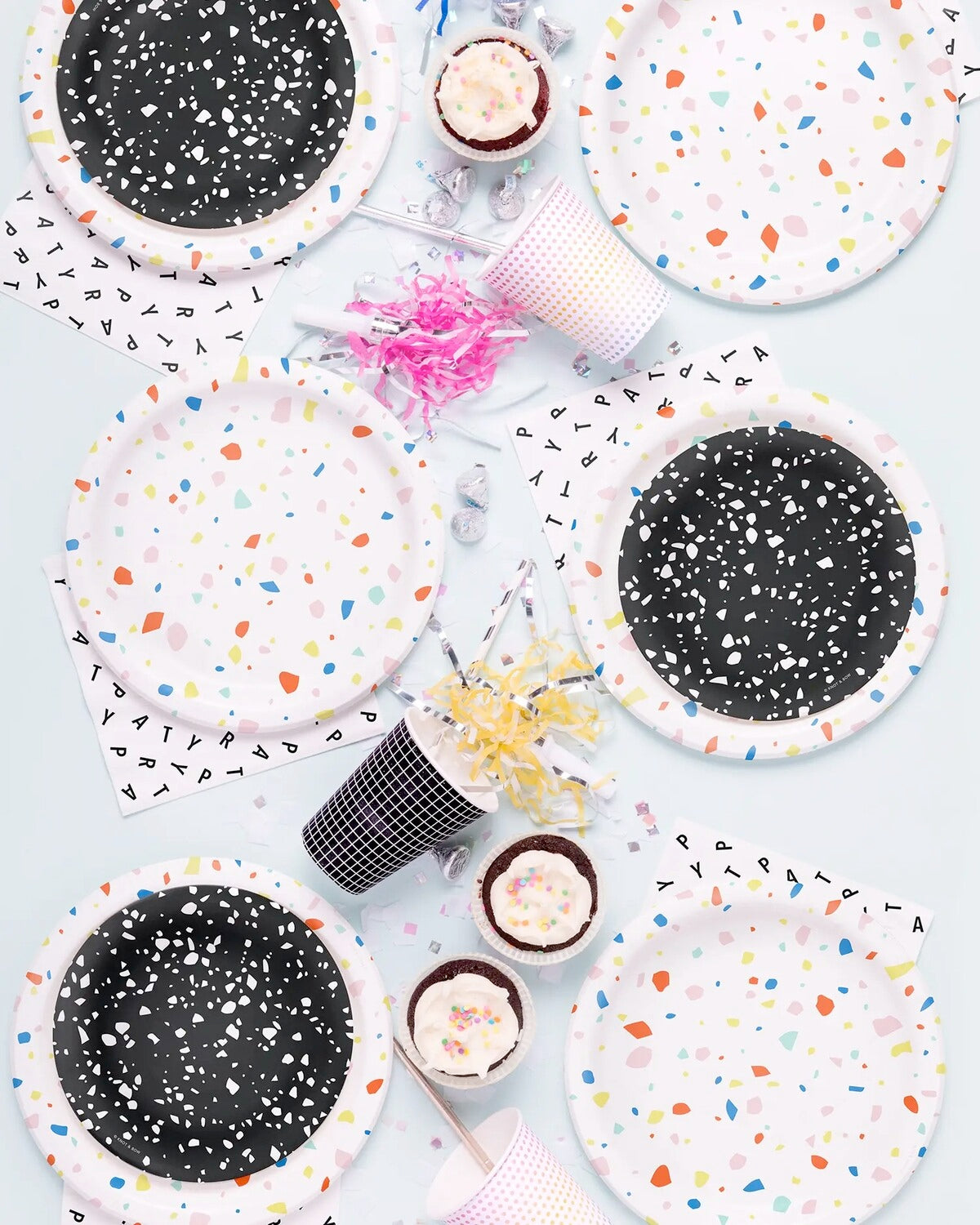 Party Plate Small: Black Chip