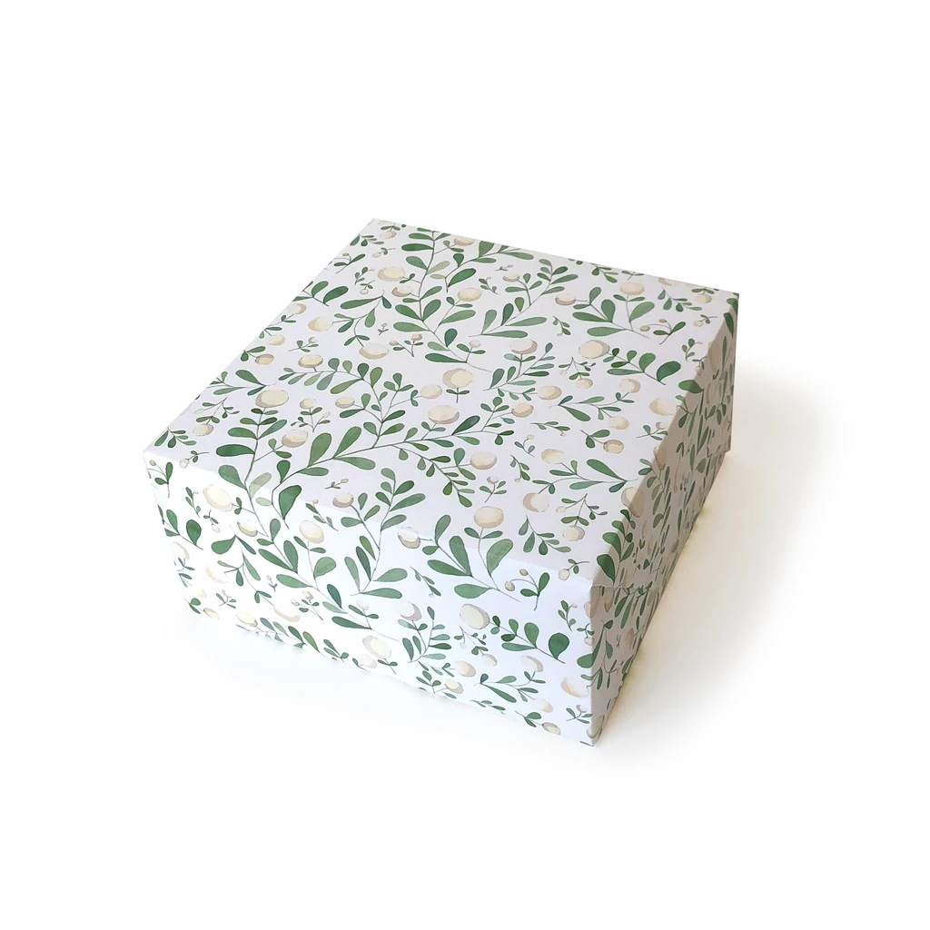 White Berries Gift Wrap Sheet