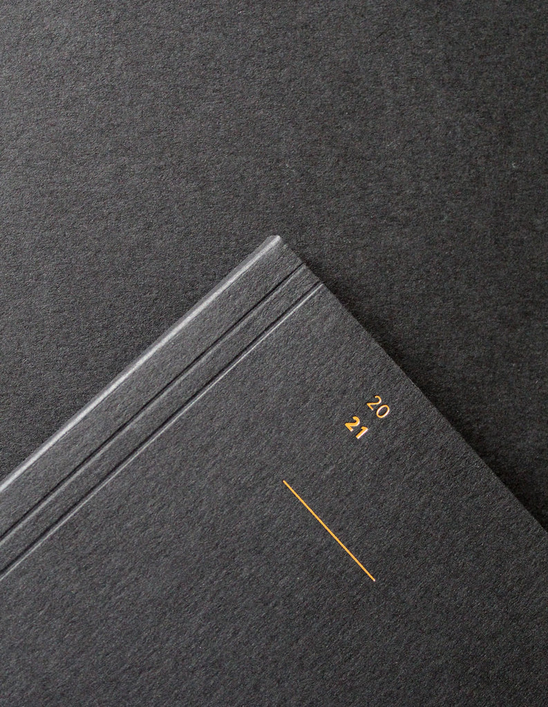 Detail of the Mark+Fold 2021 Diary in black