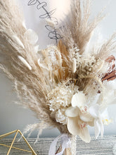 Load image into Gallery viewer, Bridal Bouquet - Vera