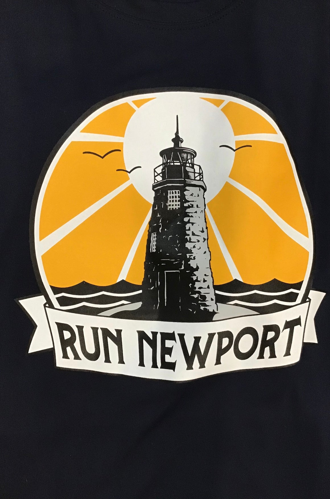 Run Newport Men's Tech-T Lighthouse