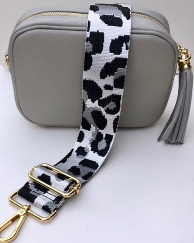 Gillian's Accessories - Green Leather Bag with Dual Leopard Print and Plain Strap