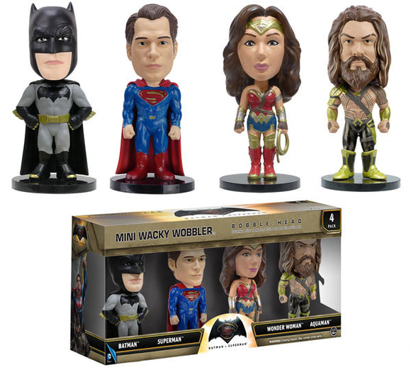 Batman vs Superman: Mini Wacky Wobbler
