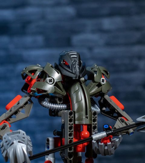 Review: Official Set 8593 - Makuta