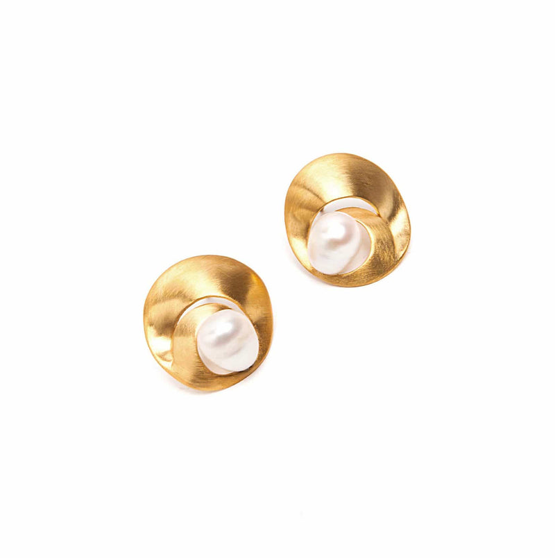 Vangloria Pearl Shell Gold Plated Earrings MOD Jewellery