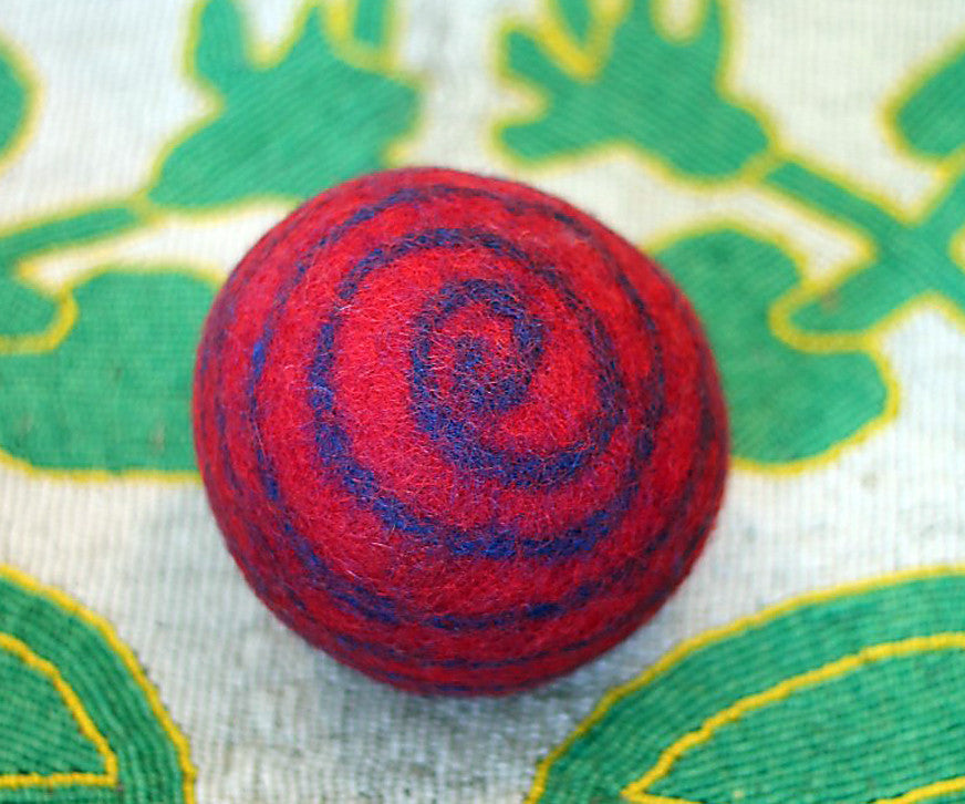Swirl Ball in a variety of colors - Medium - The Sage Lifestyle