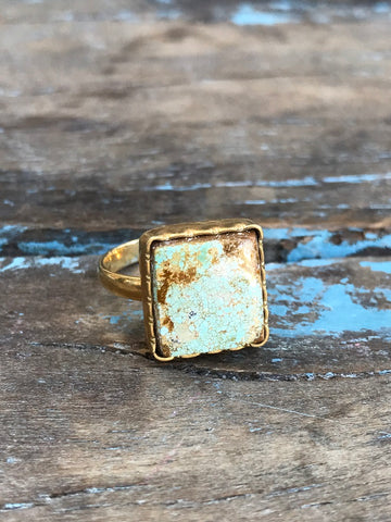 SKY BLUE TURQUOISE RING BY SAGE MACHADO, ARIZONA TURQUOISE ONE OF A KIND GOLD RING - The Sage Lifestyle
