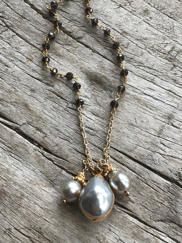 ICE GREY FRESH WATER PEARL AND SMOKEY TOPAZ NECKLACE BY SAGE MACHADO, ICE GREY PEARL AND SMOKEY TOPAZ GOLD NECKLACE