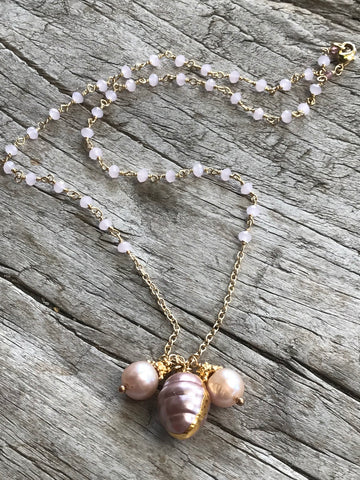 PINK FRESH WATER PEARL AND PINK CHALCEDONY NECKLACE BY SAGE MACHADO, PINK PEARL AND PINK CHALCEDONY GOLD NECKLACE