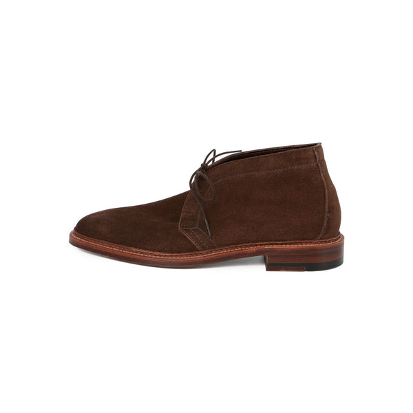 Chukka Laced Boots in Dark Brown Suede