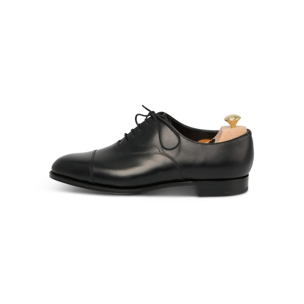 Chelsea Laced Oxfords in Black Leather