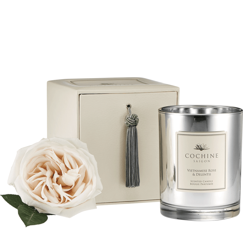 Rose and Delentii candle