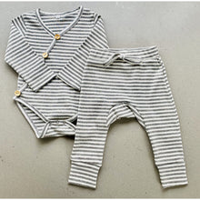 Load image into Gallery viewer, long sleeve baby bodysuit with wooden look buttons  | ribbed material | grey stripe