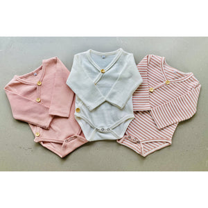 long sleeve baby bodysuit with wooden look buttons  | ribbed material | milky white