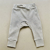 baby pants | ribbed material | grey stripe