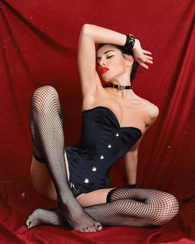 Black White Red Seamed Plain Top Thigh Hi Fishnet Stockings