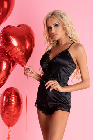 Tarissam Black Nightwear Scallo Collection