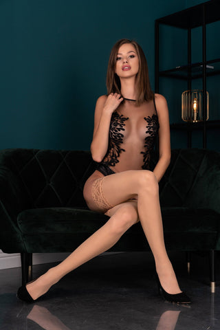 Image of Kornelie Nude Hold-Ups