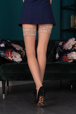 Image of Aveline Sand Hold-Ups