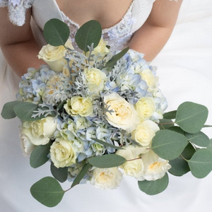 The seaside wedding collection is perfect for a beach wedding.