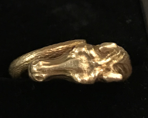 Ring, exquisite 18 kt gold horse