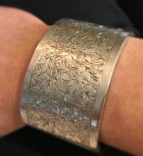 Load image into Gallery viewer, Bracelet, hand engraved sterling, antique, Art Nouveau