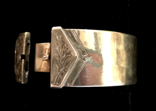 Load image into Gallery viewer, Bracelet, buckle, sterling, 1940-1980's