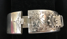 Load image into Gallery viewer, Bracelet, buckle, hand engraved, unmarked sterling, beaded edge