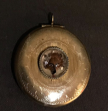 Load image into Gallery viewer, Locket, reverse painted Fox, vintage early-mid 20th c