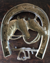 Load image into Gallery viewer, Key holder for wall, vintage English brass, 3 hooks, horses, stirrups & hunting whip