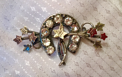 Stock pin-Brooch, Dressage Ring, Antique Sterling & 9 kt green & rose gold sweetheart horse shoe w