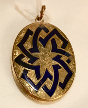 Load image into Gallery viewer, Locket, 9 kt gold with cobalt blue enamel inlay