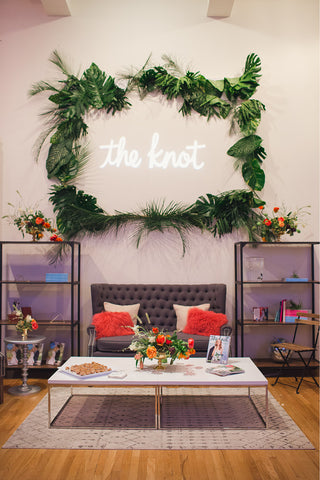 the knot vendor lounge