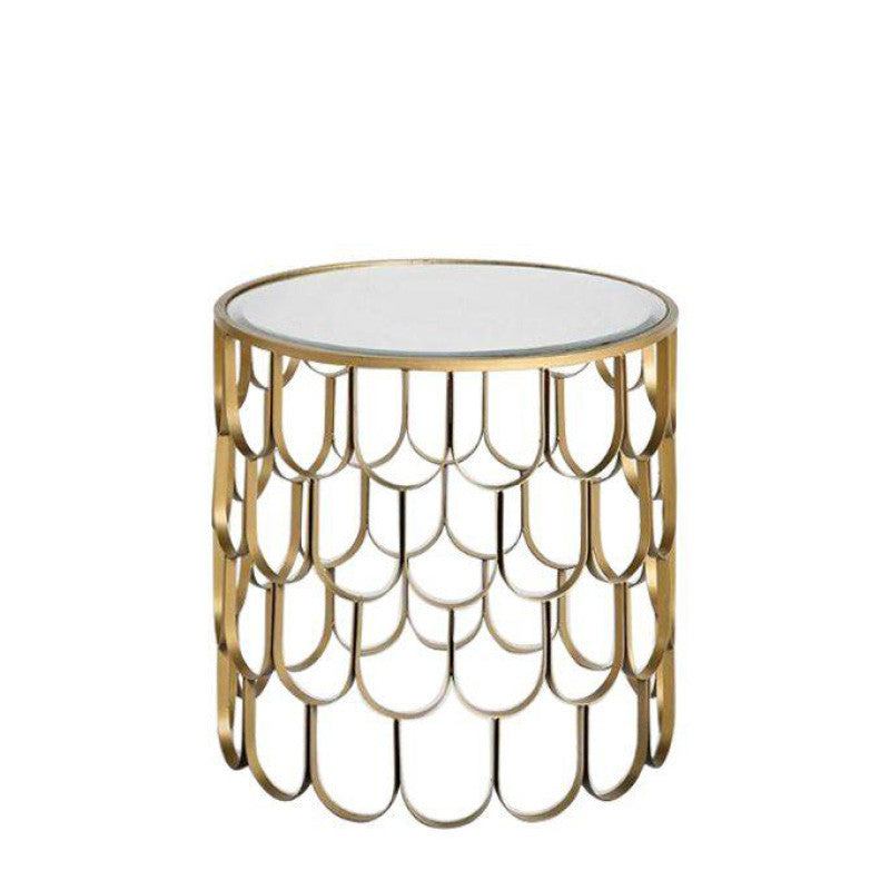 Use this Medium Scallop Side Table for NYC events
