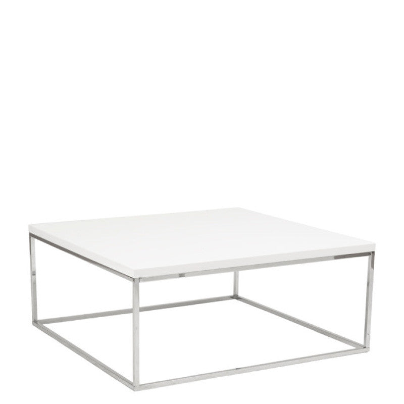 White lacquer coffee tables for events