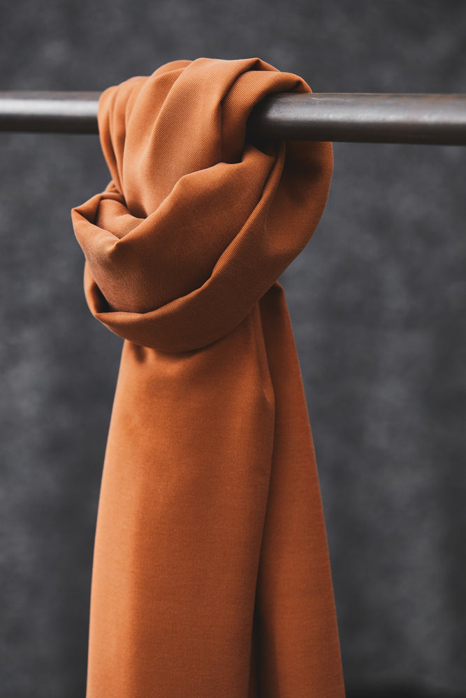 Load image into Gallery viewer, Smooth drape twill tencel Rust