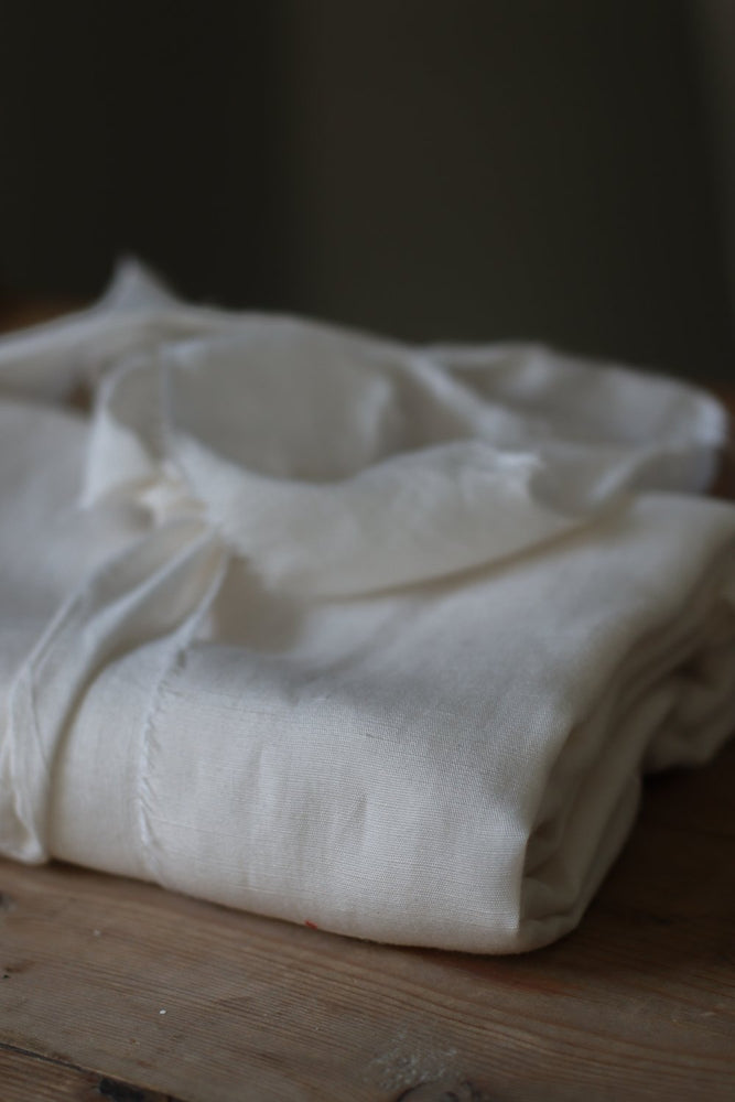 Load image into Gallery viewer, SLUB LINEN BLEND • TENCEL™ fibres• Bright White $45.00/metre