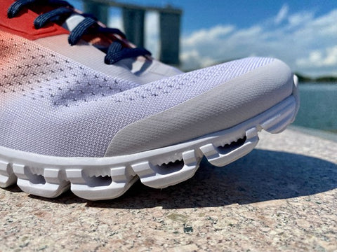 On Cloudfow 2 running shoes collection