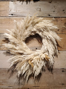 Sustainable Holiday Pampas Grass Wreath