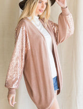 Load image into Gallery viewer, Flowing Sequin Cardigan