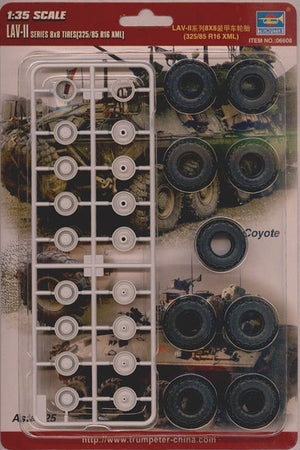 Trumpeter - 1/35 LAV Series 8X8 Rubber Tires Set 325/85/R16 XML (8)