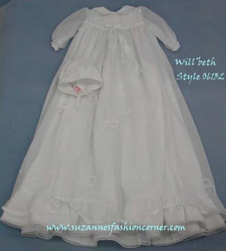 Will'Beth Girls Delicate Christening Gown - Style 06132