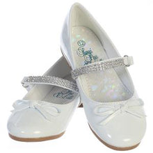 Load image into Gallery viewer, Girls White Patent Leather Shoe