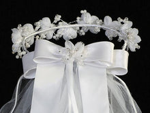 Load image into Gallery viewer, Lito Communion Crown & Veil T-463