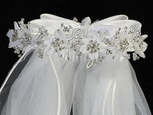 Load image into Gallery viewer, Lito Communion Crown & Veil T-466