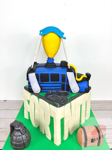 Fortnite Battle Bus Cake