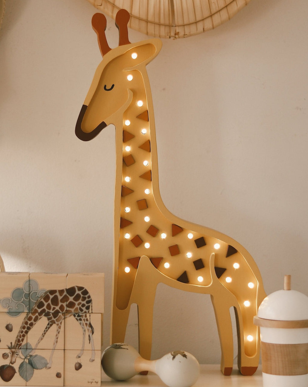 Wooden Giraffe Lamp