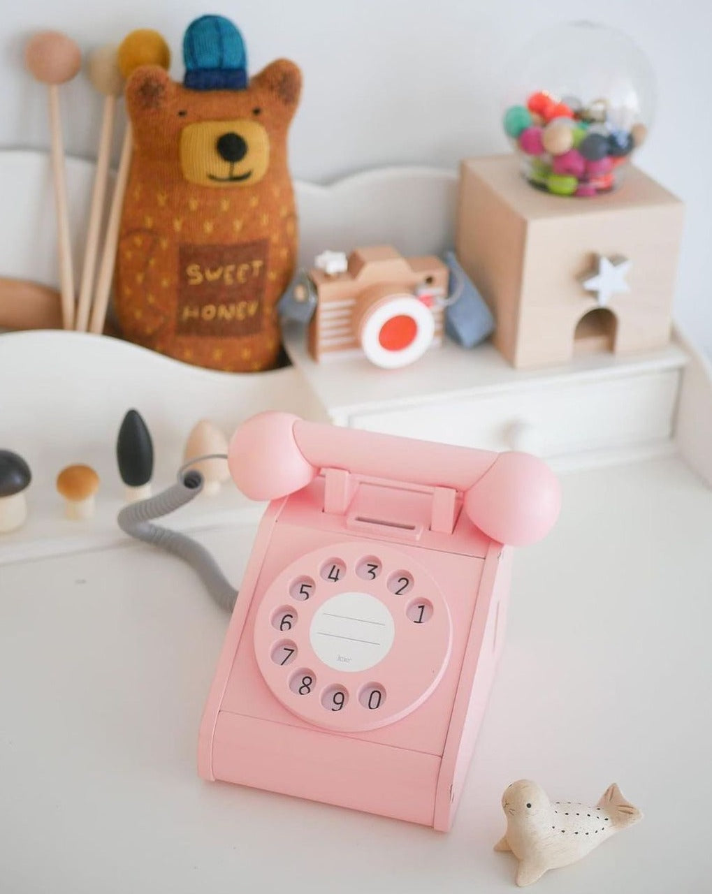 Wooden Phone toy pink