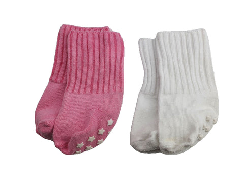 Socks Size 0-1 UNBRANDED Socks Junico Kids 1.99 Junico Kids sustainable affordable preloved baby kids clothing clothes local shop australia